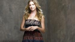 Emily VanCamp Wallpapers-0