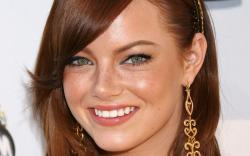 ... Emma Stone Wallpaper ...