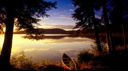 Image: http://www.desktopwallpaperhd.net/wallpapers/12/6/fantastic-lake-wallpapers-nature-animal-desktop-fresh-life-121670.jpg