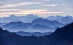 Fantastic Mountain Range Wallpaper 14167