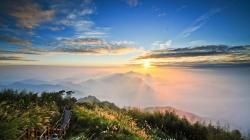 Fantastic Path On Mountain Peak HD wallpapers