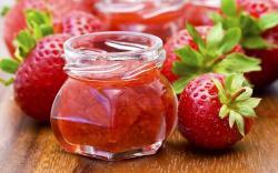 Fantastic Strawberries Wallpaper 38849 2560x1600 px