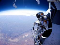 The tech behind Felix Baumgartner's stratospheric skydive | ExtremeTech