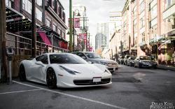 Ferrari 458 parking