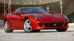 599 GTB Fiorano 2010 red view