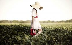 Field Girl Hat Red Shoes