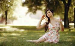 Beautiful Girl Fashion Floral Dress HD Wallpaper