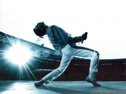 Wallpaper: Freddie Mercury on stage wallpapers