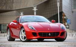Free Ferrari 599 Wallpaper