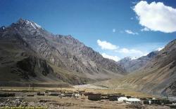 Free Himalayas Wallpaper 14740