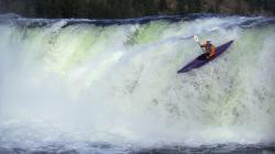 Free Kayak Wallpaper