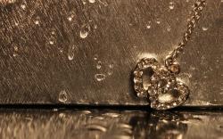 Free Love Rain Wallpaper
