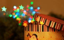 Round Gift Box Christmas Colorful Stars Circles HD Wallpaper