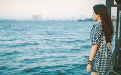Asian Girl Sea Mood HD Wallpaper