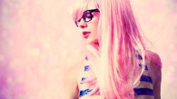 Blonde Girl Glasses Style Fashion HD Wallpaper