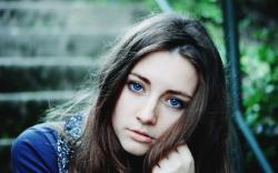 Girl Blue Eyes Look Photo