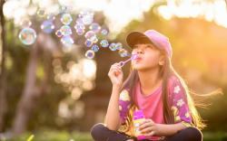 Bubbles Girl Kid Mood HD Wallpaper