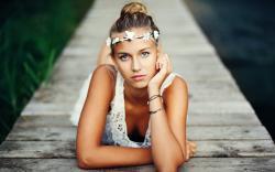 Girl Look Blonde Mood