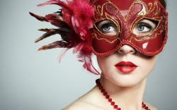Girl Mask Makeup Necklace Fashion