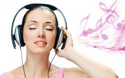 Girl Listening Music Wallpaper