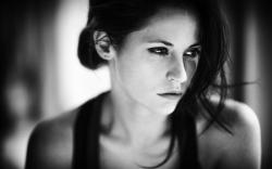 Black and White Photography Portrait Girl