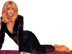 Goldie Hawn photos ...