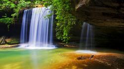 Beautiful Falls wallpaper