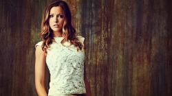 Beautiful Katie Cassidy Wallpaper