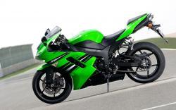 Green Bike desktop wallpaper