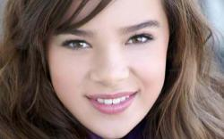 Hailee Steinfeld Wallpapers2