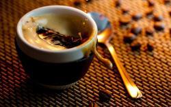 original wallpaper download: Cup of hot coffee - 2560x1600