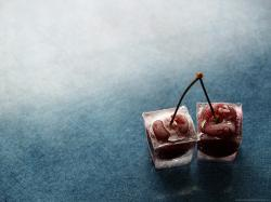 ... Cherry in ice cubes for 1600x1200