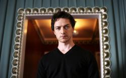 Free James Mcavoy 001 Wallpaper