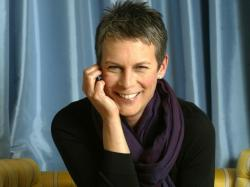 Jamie Lee Curtis Smile Wallpaper