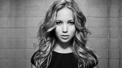 ... Jenifer Lawrence; Jenifer Lawrence