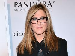 """Cake"" - Jennifer Aniston - Pictures - CBS News"