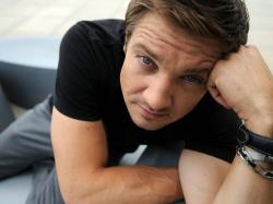 JEREMY RENNER GIF HUNT (100) Please like/reblog if you use these gifs