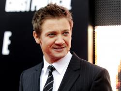 free Jeremy Renner wallpapers