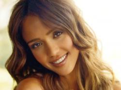 Jessica Alba Lovely Jessica Wallpaper ❤