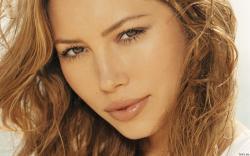 Jessica Biel ...
