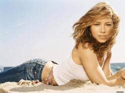 stylish-jessica-biel-hd-wallpapers