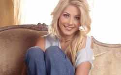Beautiful Julianne Hough 30910