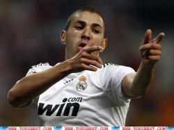 Karim Benzema Celebrating