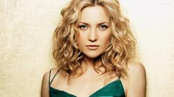 In any case, the issue of Kate Hudson plastic surgery remains at the level of rumor or gossip until the famous actress comes out to admit to the claims.