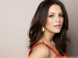 Please check our latest hd widescreen wallpaper below and bring beauty to your desktop. Katharine McPhee HD Wallpaper