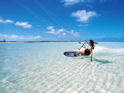 Best kite surfing period : SEPTEMBER-JUNE