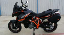 Overview and Review: 2013 KTM 990 Supermoto SMT