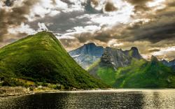 Lake clouds mountains scenery