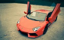 Lamborghini Aventador LP700-4 Open Doors