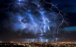 lightning HQ Wallpaper